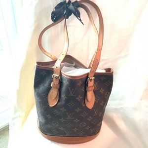 Louis Vuitton bucket bag PM good used condition
